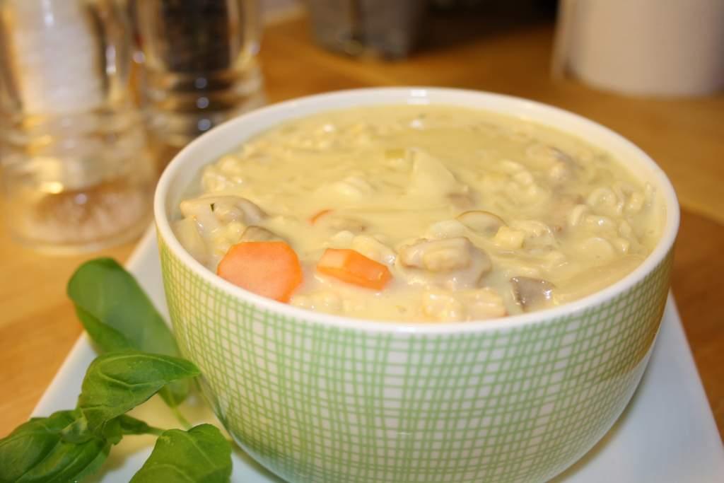 krämig soppa med kyckling