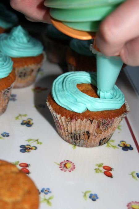 Peanut cupcakes1