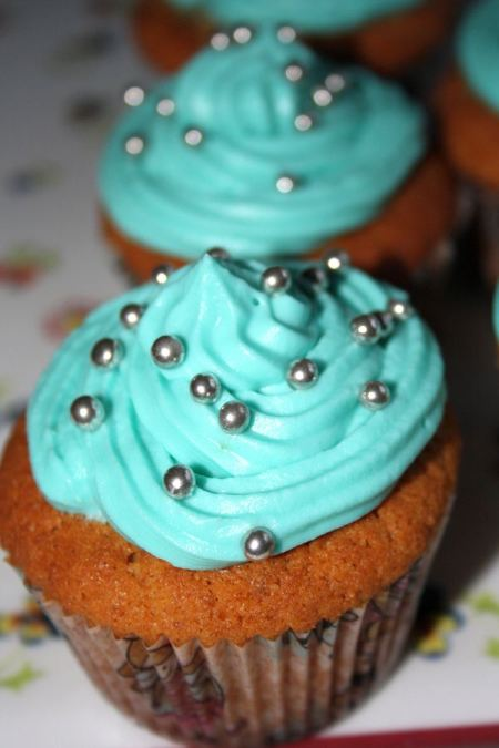 Peanut cupcakes2